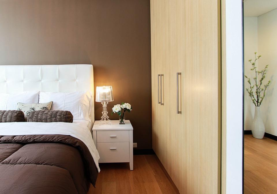 Auswahl der perfekten Schlafzimmerlampen